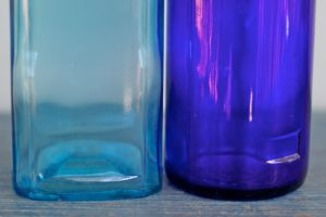 Malowane proszkowo butelki