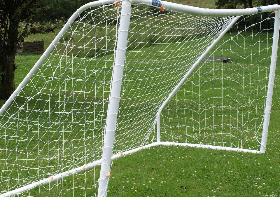 Co łączy malowanie proszkowe i piłkę nożną?